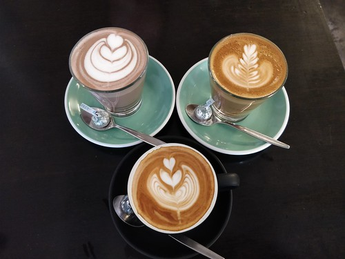 Strong caffe latte, flat white, hot chocolate – Merchants Guild, Bentleigh East